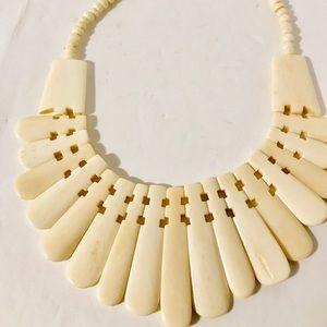 Vtg. Art Deco Ivory Shell Necklace. Cream color.